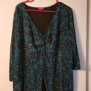 Plus Merona size 4(24w) tummy slimmer blouse